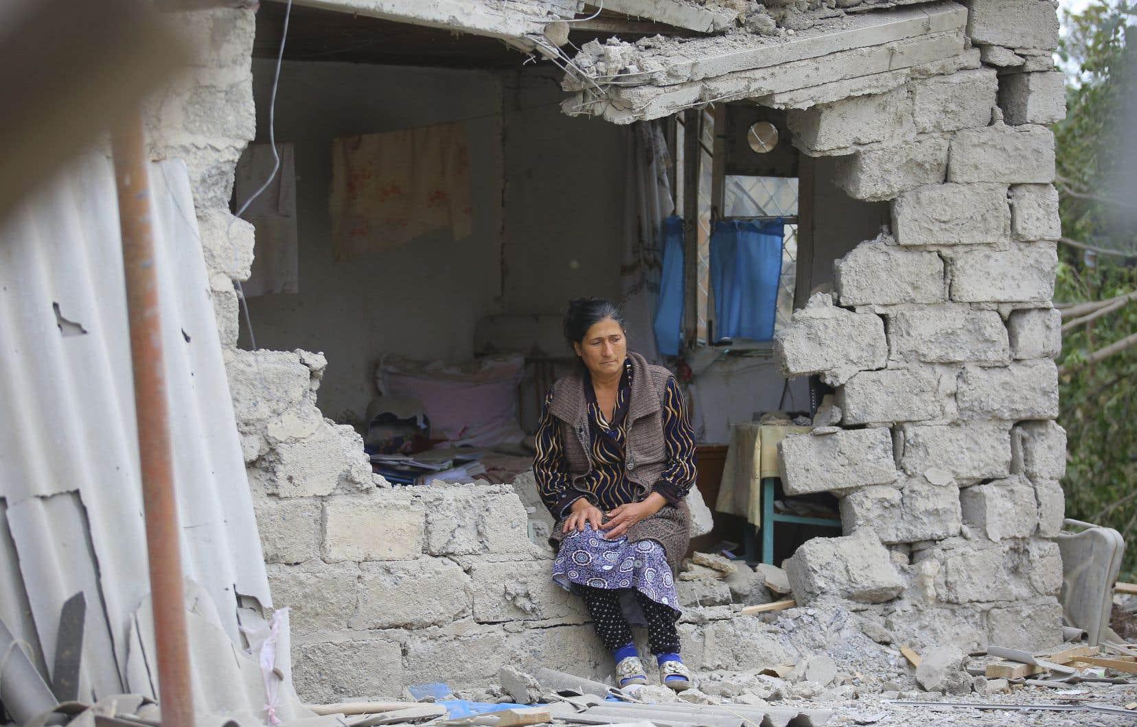 La ville de Stepanakert, dans le Haut-Karabakh, est soumise à des bombardements réguliers depuis deux semaines.