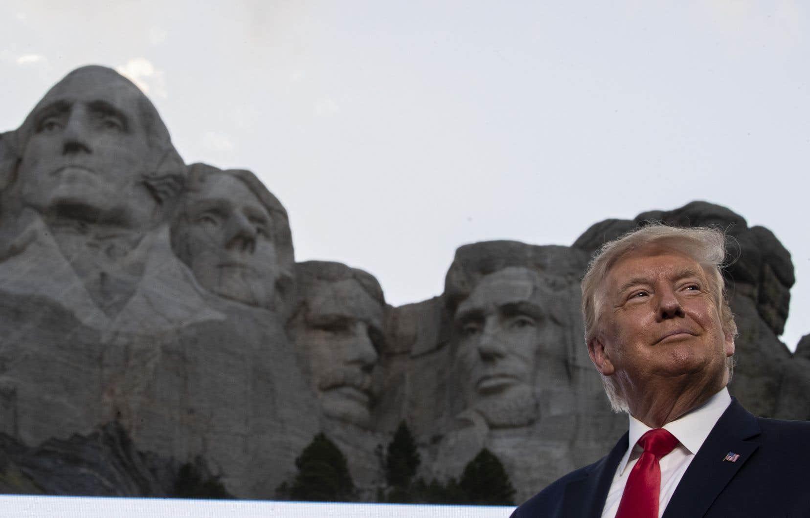 La société civile américaine bouillonne. La campagne électorale se poursuit librement, même si le président Trump ne promet pas d'en accepter les résultats.