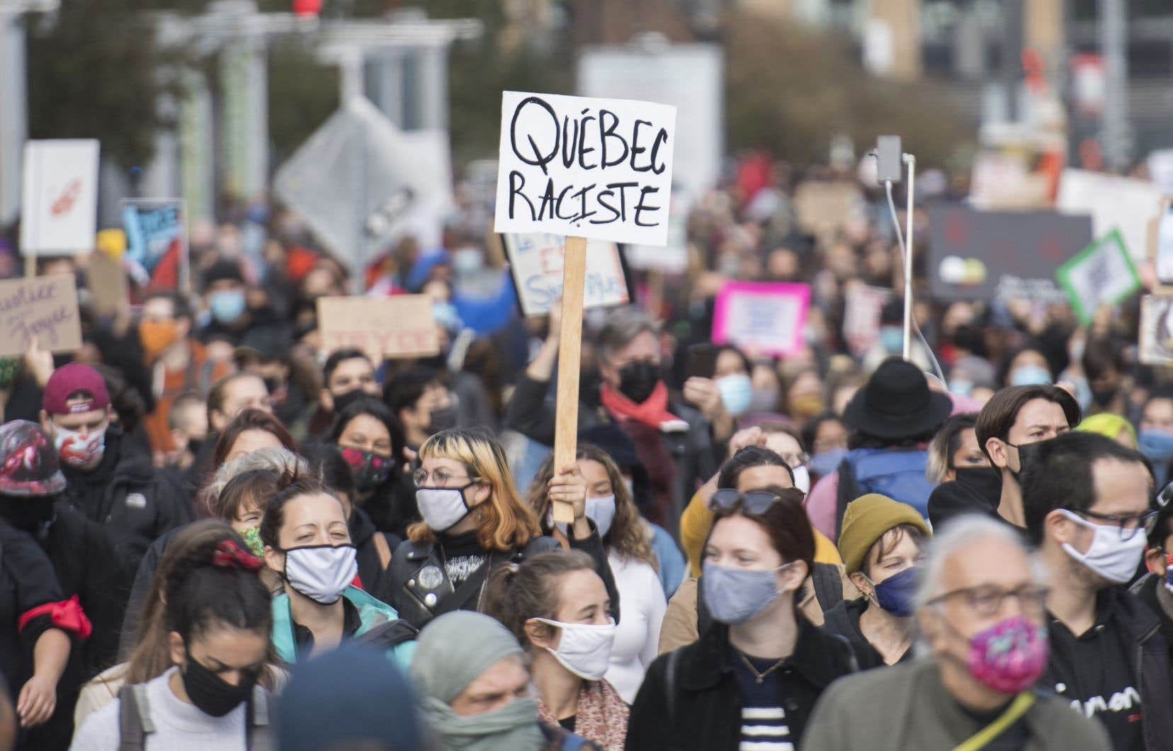 Le Québec n'est pas particulièrement raciste; il l'est comme tous les pays du monde. Tout comme il était aussi sexiste que les autres pays jusqu'à ce qu'il reconnaisse formellement en 1996 le caractère systémique de la discrimination à l'égard des femmes.