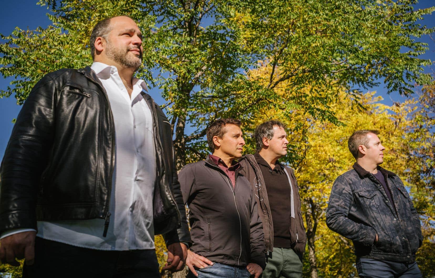 Quartom, c'est une formation fondée il y a douze ans qui réunit Philippe Martel, Benoît Le Blanc, Julien Patenaude, et Philippe Gagné.