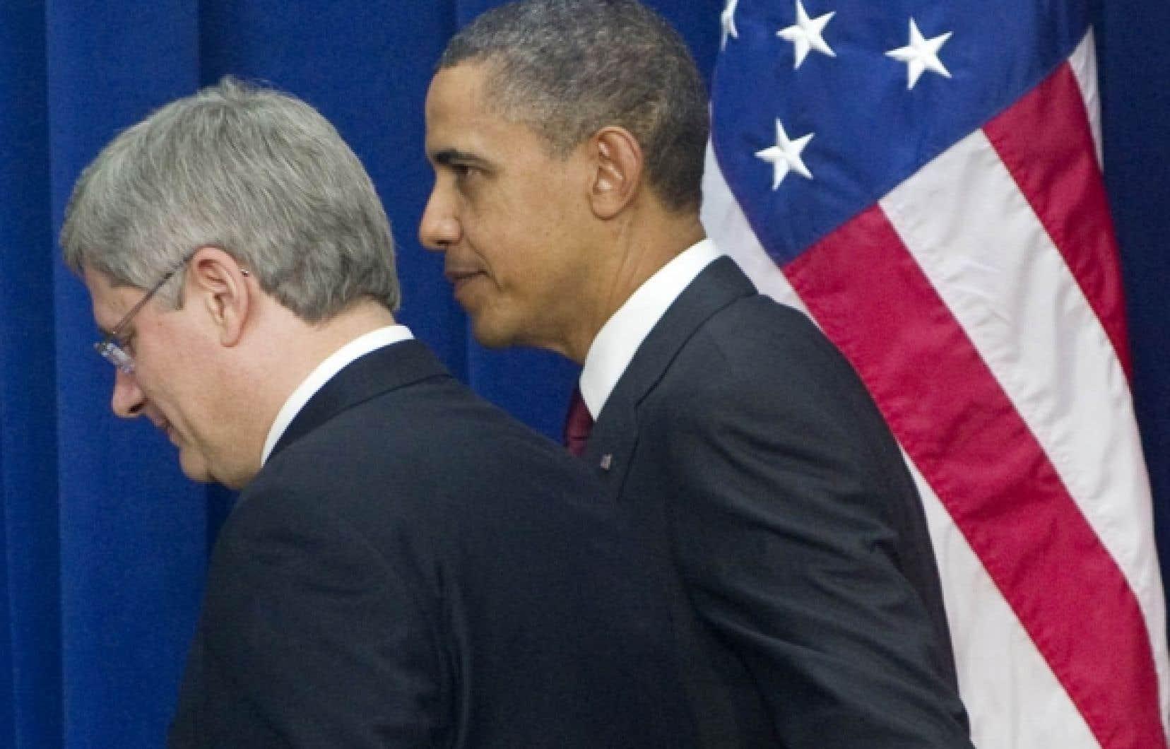 Stephen Harper et Barack Obama à Washington au début du mois de février. Le premier ministre avait ensuite annoncé en grande pompe la signature d'une entente sur le périmètre de sécurité entre le Canada et les États-Unis.<br />