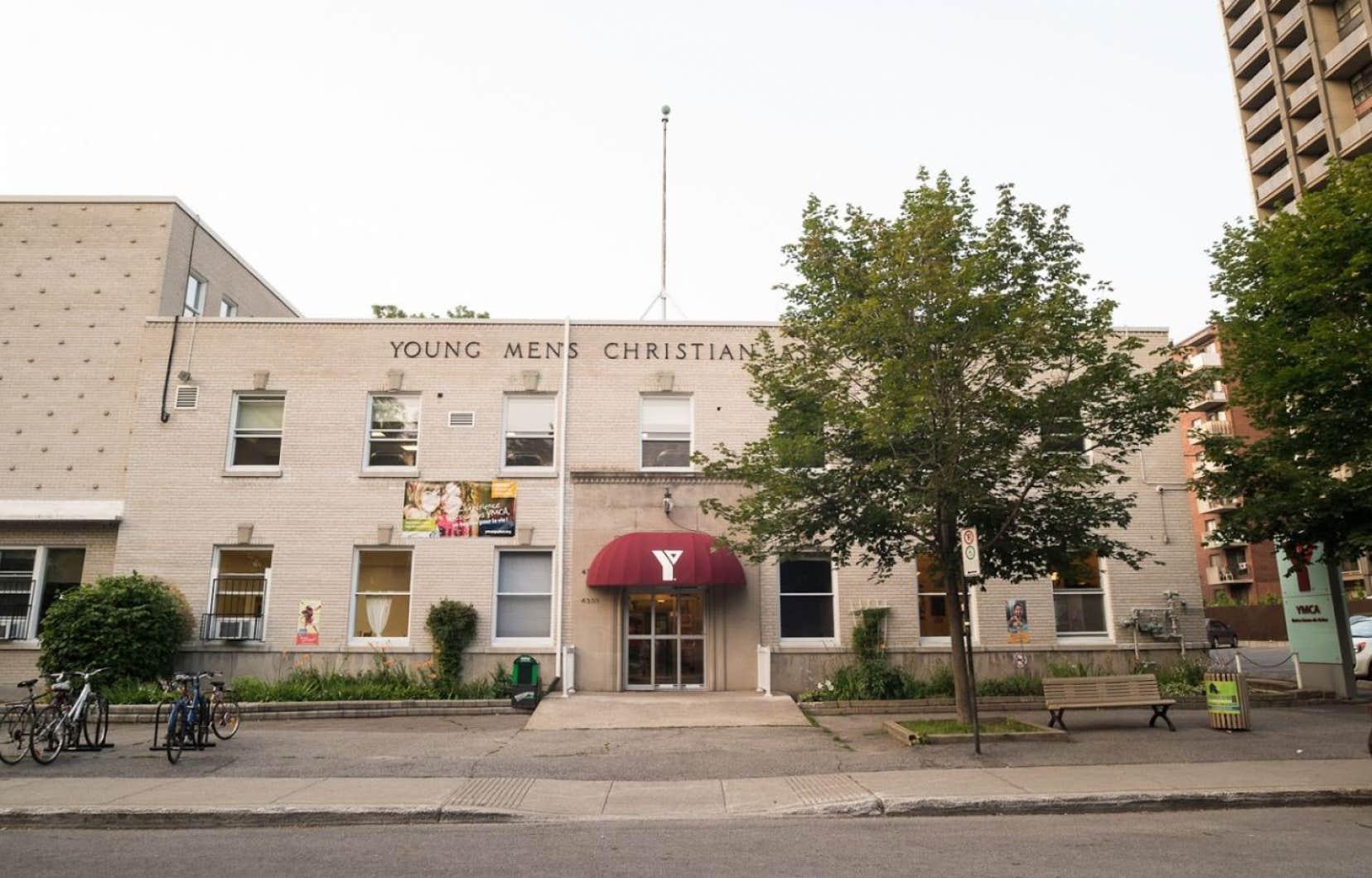 Dans Notre-Dame-de-Grâce, des citoyens craignent que leur YMCA ne rouvre jamais ses portes compte tenu de la chute des revenus de l'organisation.