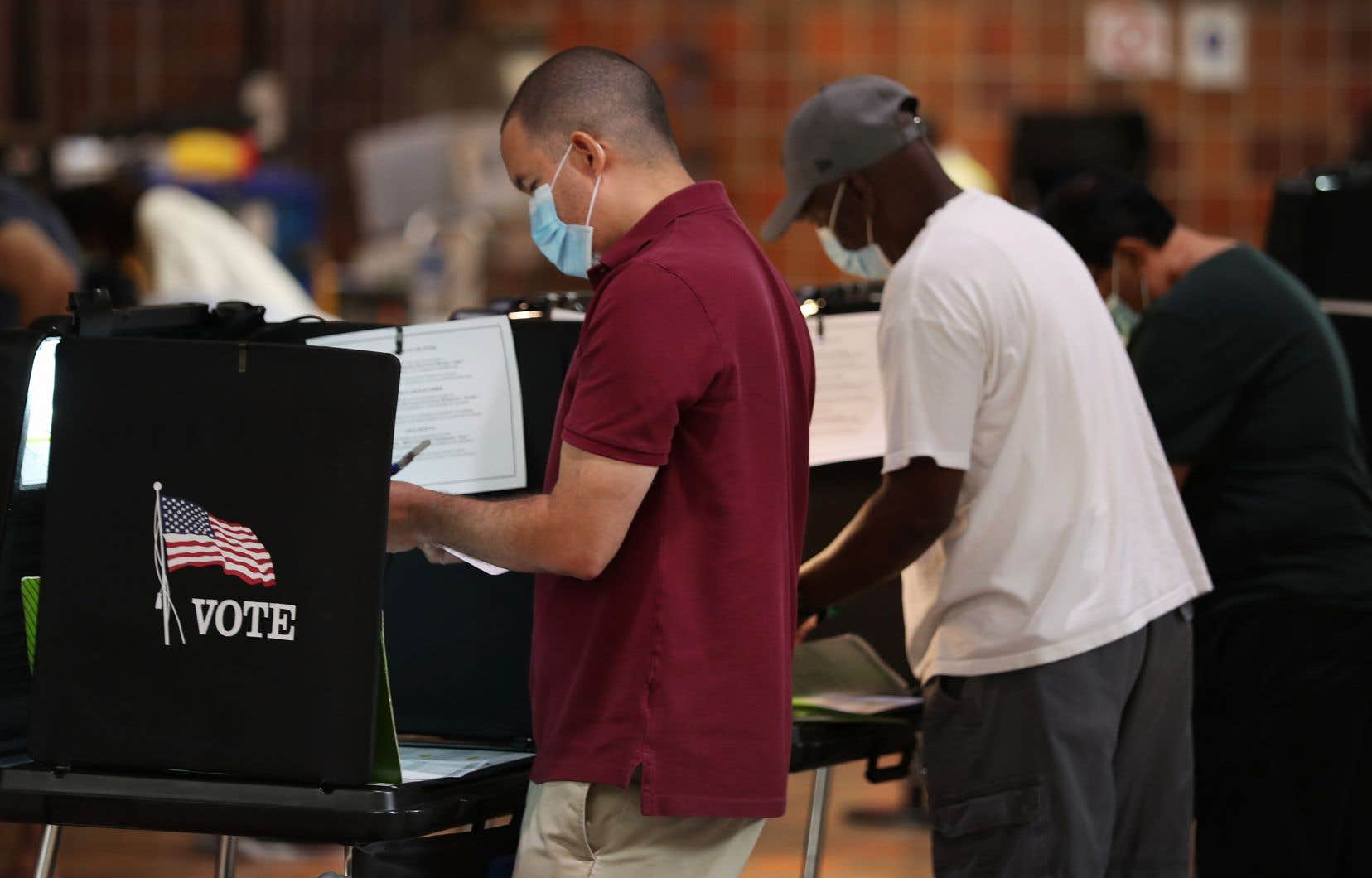 Le vote anticipé a débuté lundi en Floride, le plus grand des États clés de l'élection présidentielle.