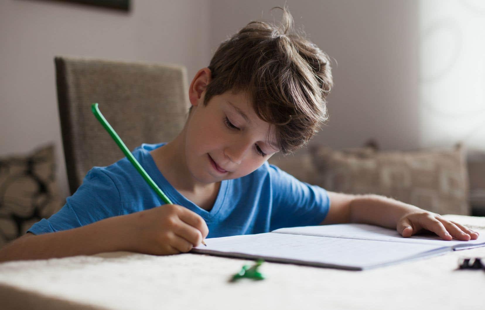 Le service d'aide aux devoirs d'AllôProfrejoint 55% des élèves du Québec, soit 460000 enfants.