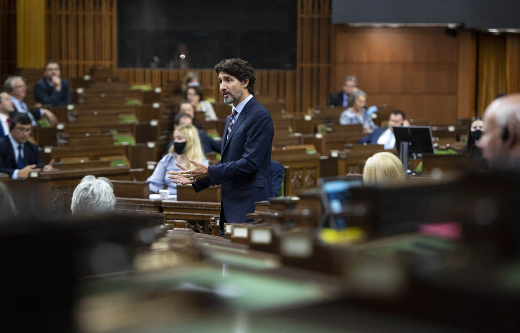 «Les conservateurs ont choisi d'avancer une motion qui établit clairement qu'ils n'ont plus confiance dans ce gouvernement, alors les partis d'opposition auront un choix à faire: vont-ils continuer à faire fonctionner ce Parlement minoritaire ou ont-ils perdu confiance en ce gouvernement? C'est leur choix», a lancé Justin Trudeau mardi.
