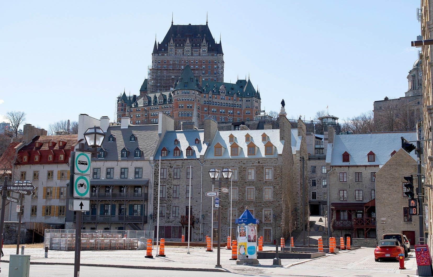 Si Montréal était aux premières loges de la pandémie lors de la vague initiale, Québec lui a succédé pour la seconde.