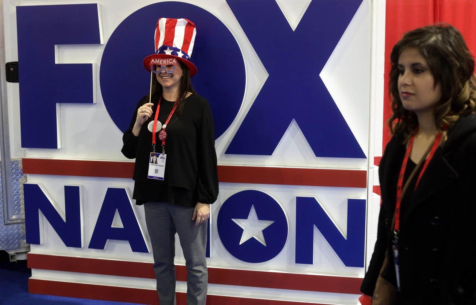 Selon l'analyse du journaliste Serge Truffaut, aujourd'hui «certains Américains parlent anglais; d'autres parlent Fox».