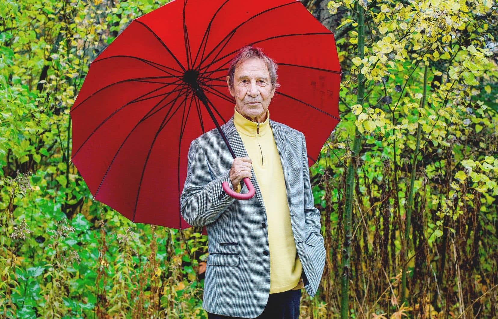L'auteur-compositeur-interprète Jean-Pierre Ferland, chez lui à Saint-Norbert