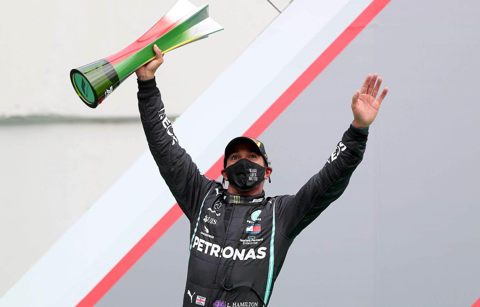Avec sa victoire de dimanche, Hamilton s'est approché d'un septième championnat des pilotes, le dernier record majeur de Schumacher qu'il ne lui a pas encore ravi.