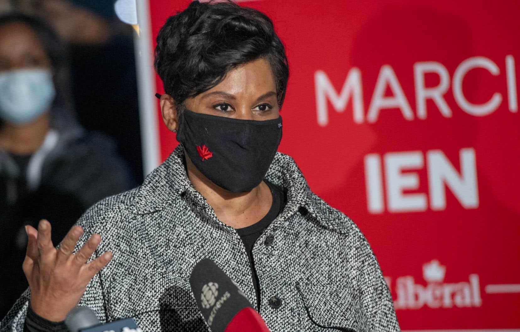 Dans Toronto-Centre, la journaliste de télévision Marci Ien s'est accrochée pour les libéraux et a pu prendre une avance confortable pour le parti.