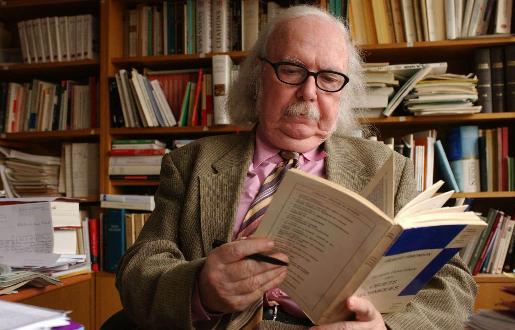 Le linguiste français Alain Rey, en 2002