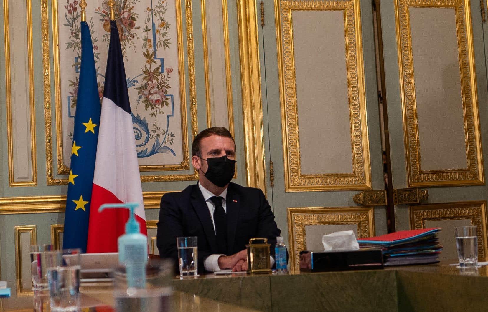 «Les réactions du monde musulman ont été dues à beaucoup de mensonges, et au fait que les gens ont cru comprendre que moi, j'étais favorable à ces caricatures. [...]», a affirmé Emmanuel Macron lors de son entrevue à Al-Jazira.