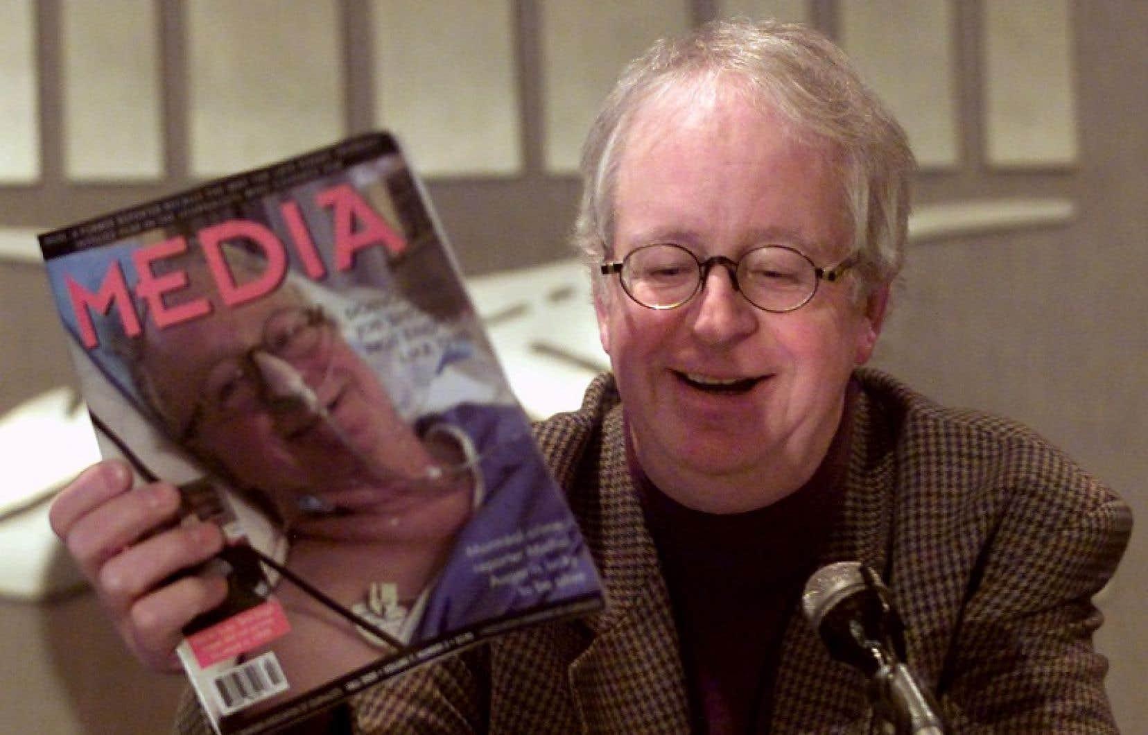Michel Auger, en 2000, lors d'une conférence de presse sur l'attentat dont il avait été victime