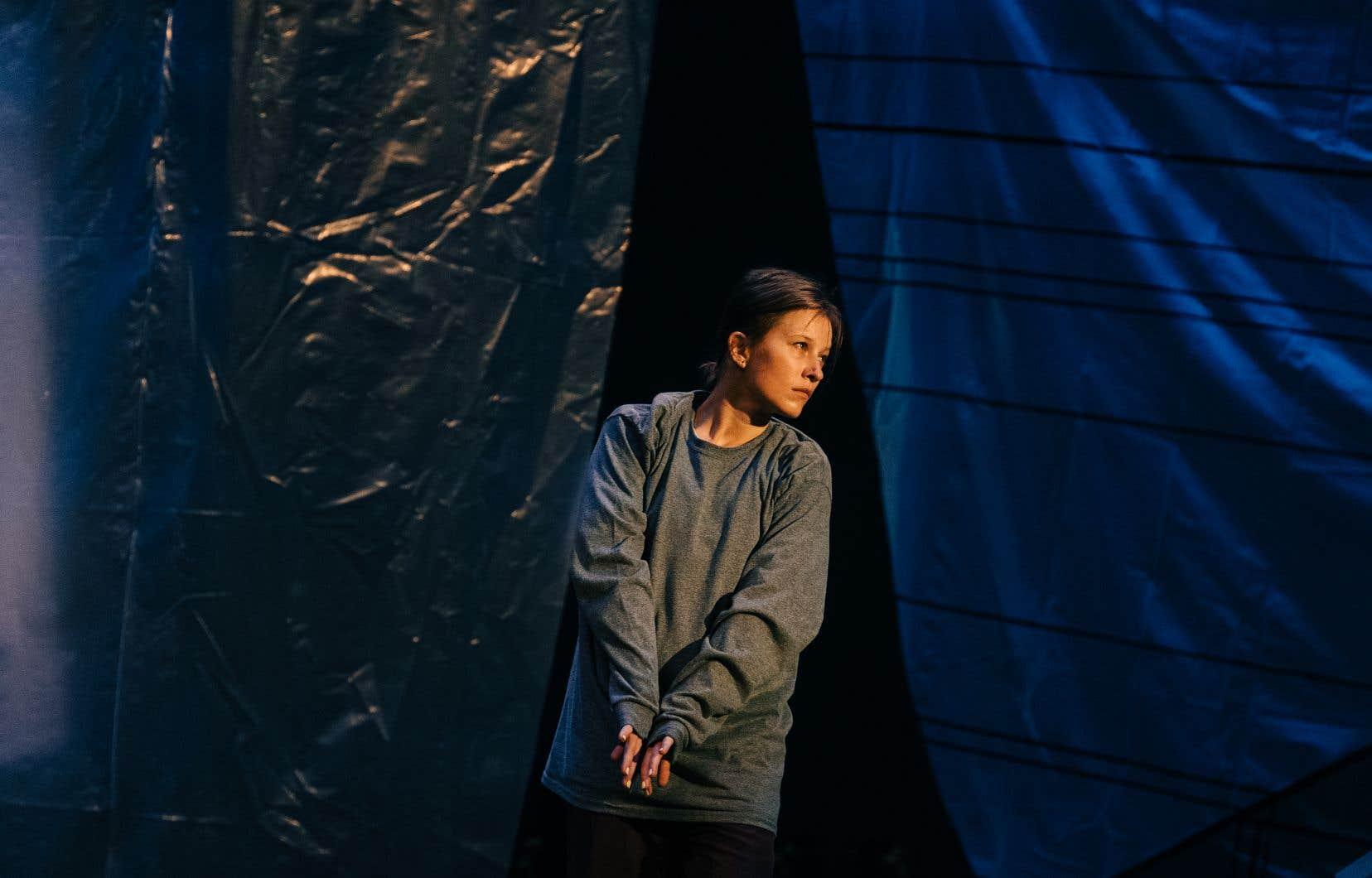 Victoria Mackenzie dans <em>Papillon</em> d'Helen Simard