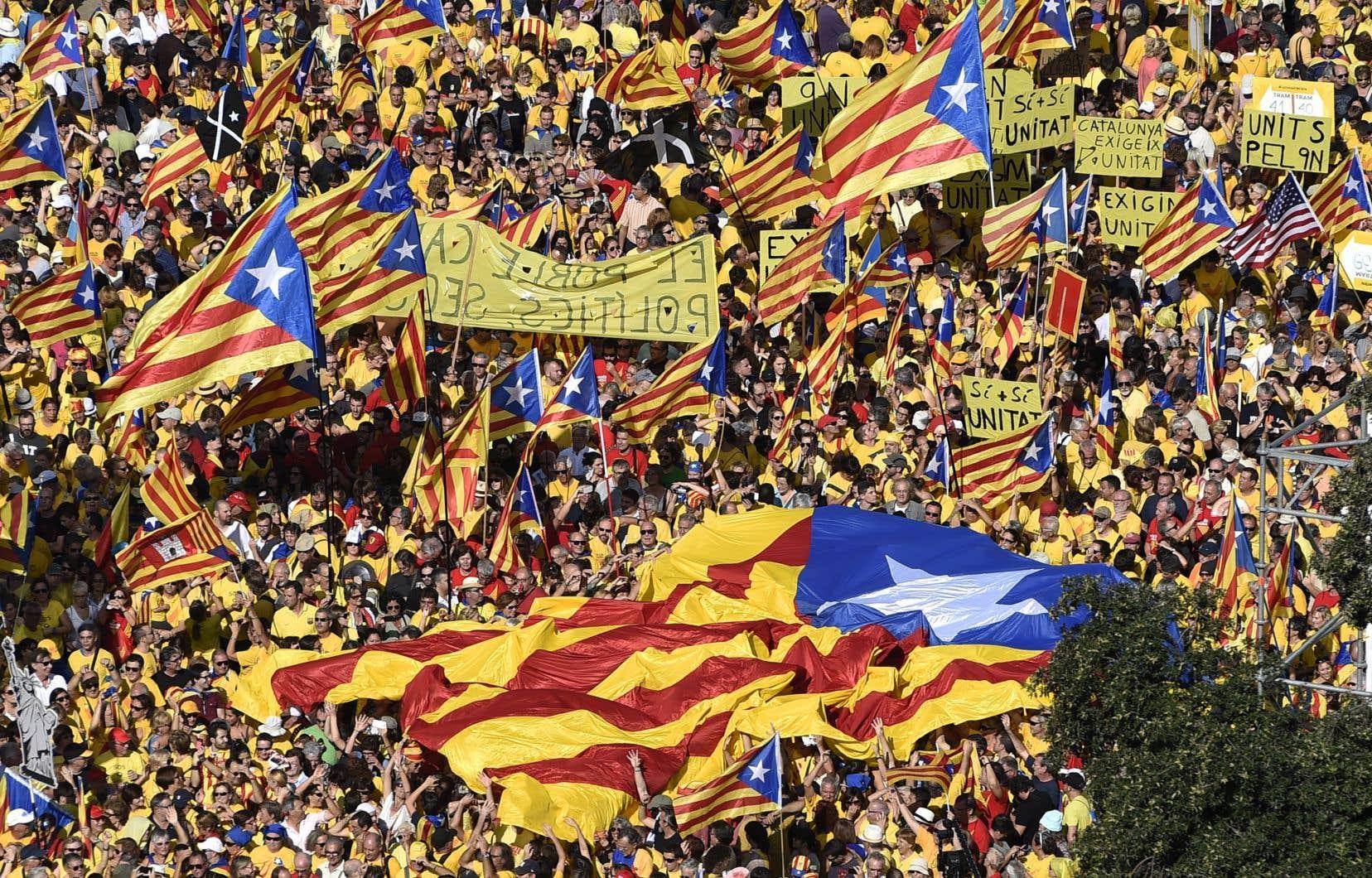 «L'indépendantisme catalan a connu une croissance vertigineuse au cours des quinze dernières années, passant d'une option obtenant 15% d'appui à près de 50%», écrit l'auteur.