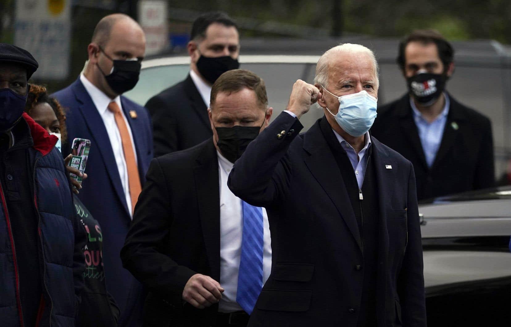 Joe Biden  a commencé  la journée de l'élection en participant tôt  à une messe  tenue à la St.  Joseph on the Brandywine,  à Wilmington, proche de sa  résidence  personnelle.