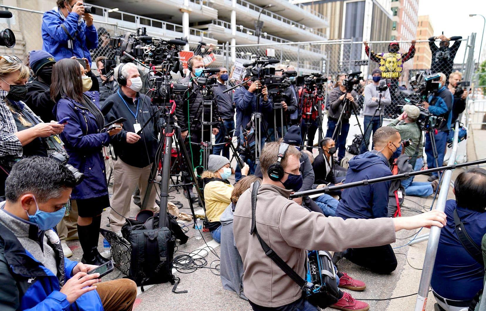La pandémie aura eu comme effet secondaire d'accentuer solidement une crise des médias déjà délétère pour ceux-ci. Une crise qui dure depuis si longtemps qu'il vaudrait mieux changer ce terme, qui laisse croire que la situation est temporaire, comme le mentionne Mickaël Bergeron.