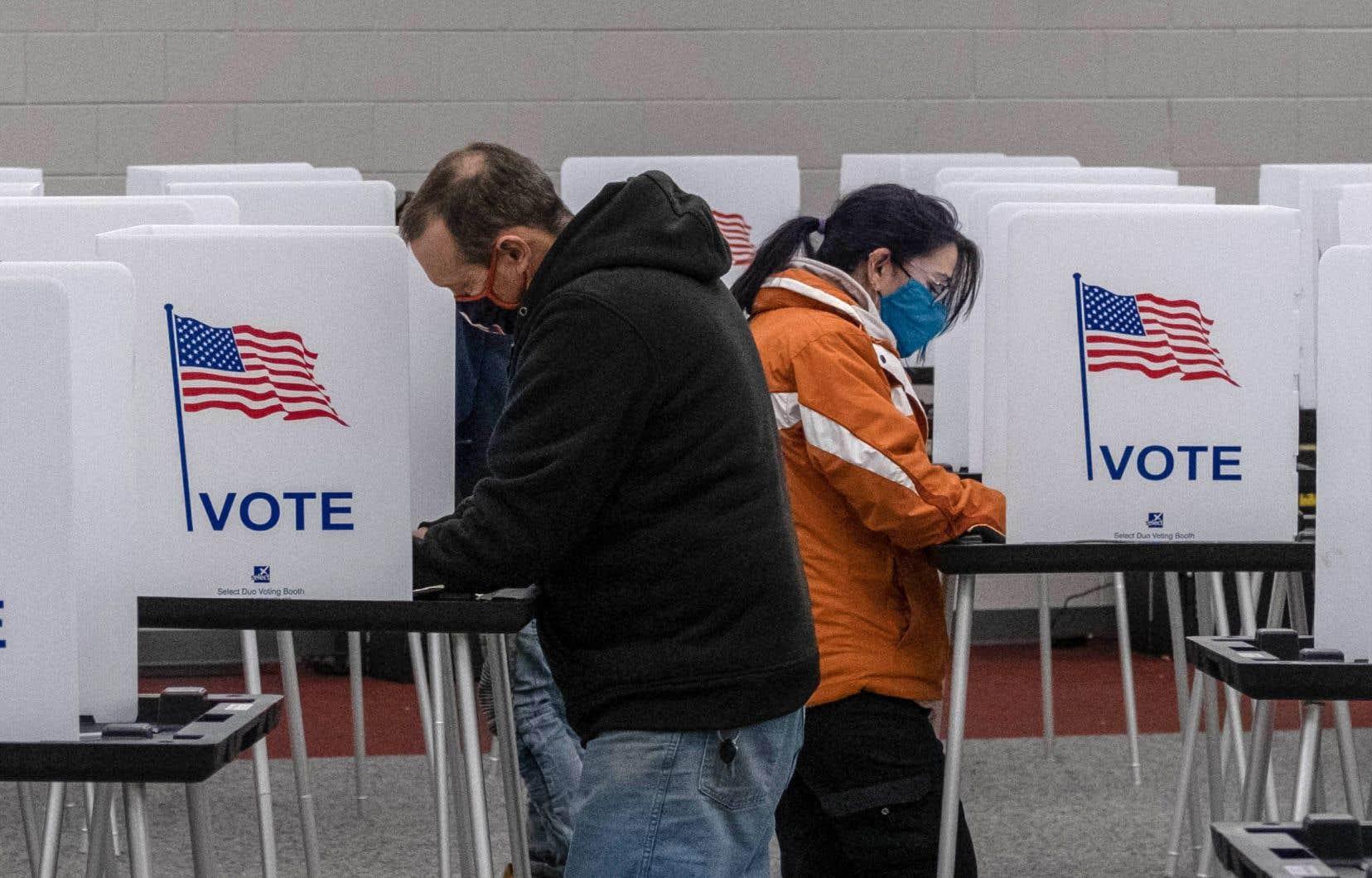 Un sondage effectué par Edison Research pour le compte du National Election Pool permet de voir qui peuvent être les électeurs de Joe Biden et de Donald Trump en fonction d'indicateurs sociodémographiques.