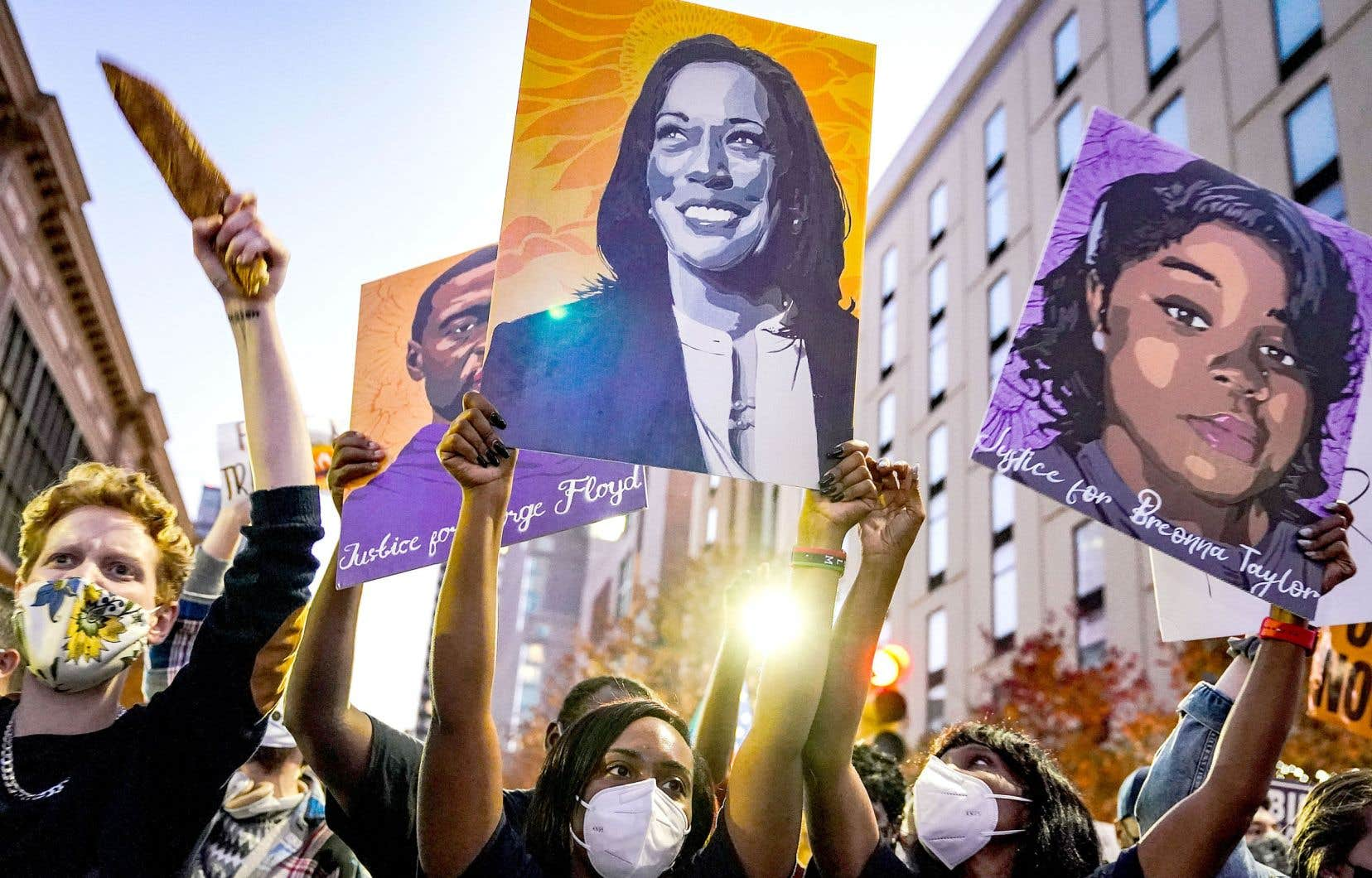 L'élection de Kamala Harris, en duo avec Joe Biden, a été célébrée samedi dans les rues de plusieurs villes américaines, dont Philadelphie.