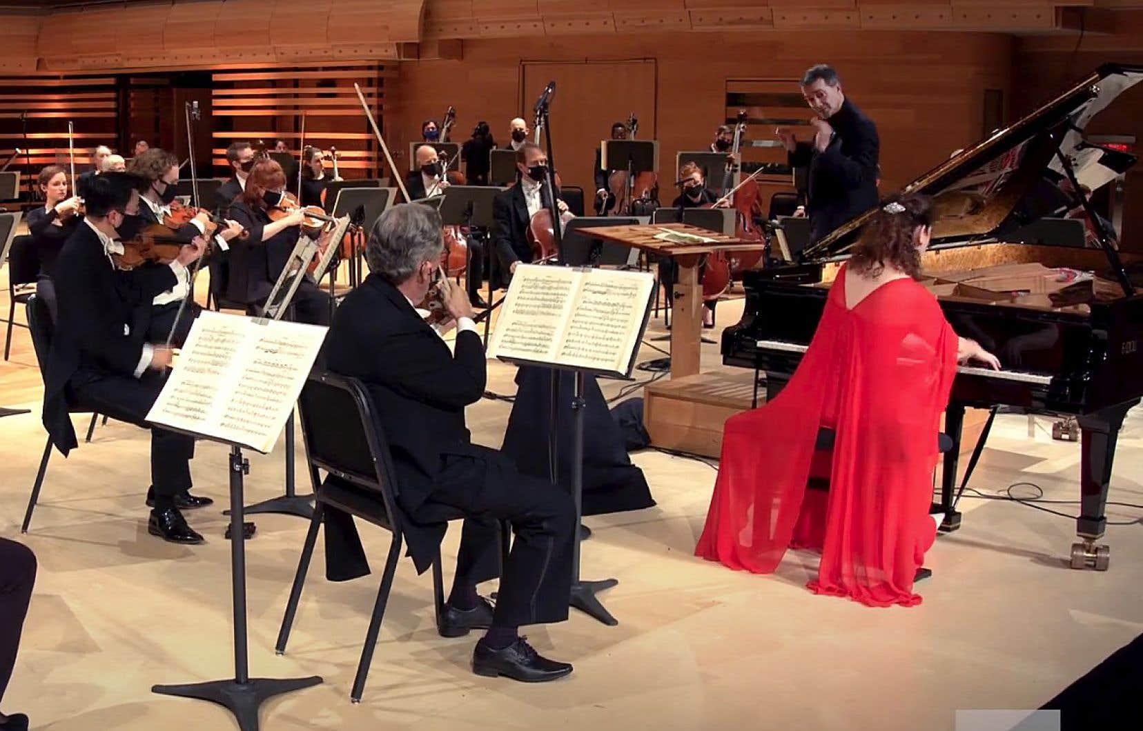 L'Orchestre symphonique de Montréal offre à partir de mardi soir son nouveau concert payant sur Internet: des œuvres de Hétu, de Ravel et de Stravinski avec la pianiste Angela Hewitt et le chef Jacques Lacombe.