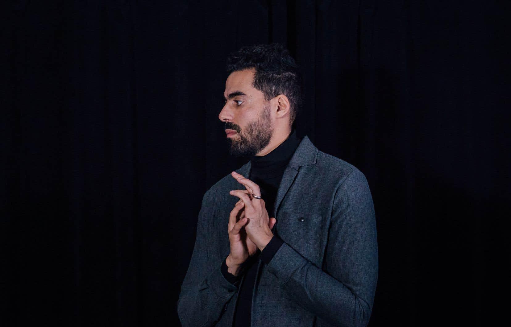 Les fans d'Adib Alkhalidey  seront sans  doute étonnés d'apprendre  que l'humoriste a la fibre  musicienne. Qu'il affectionne aussi la chanson française  classique.