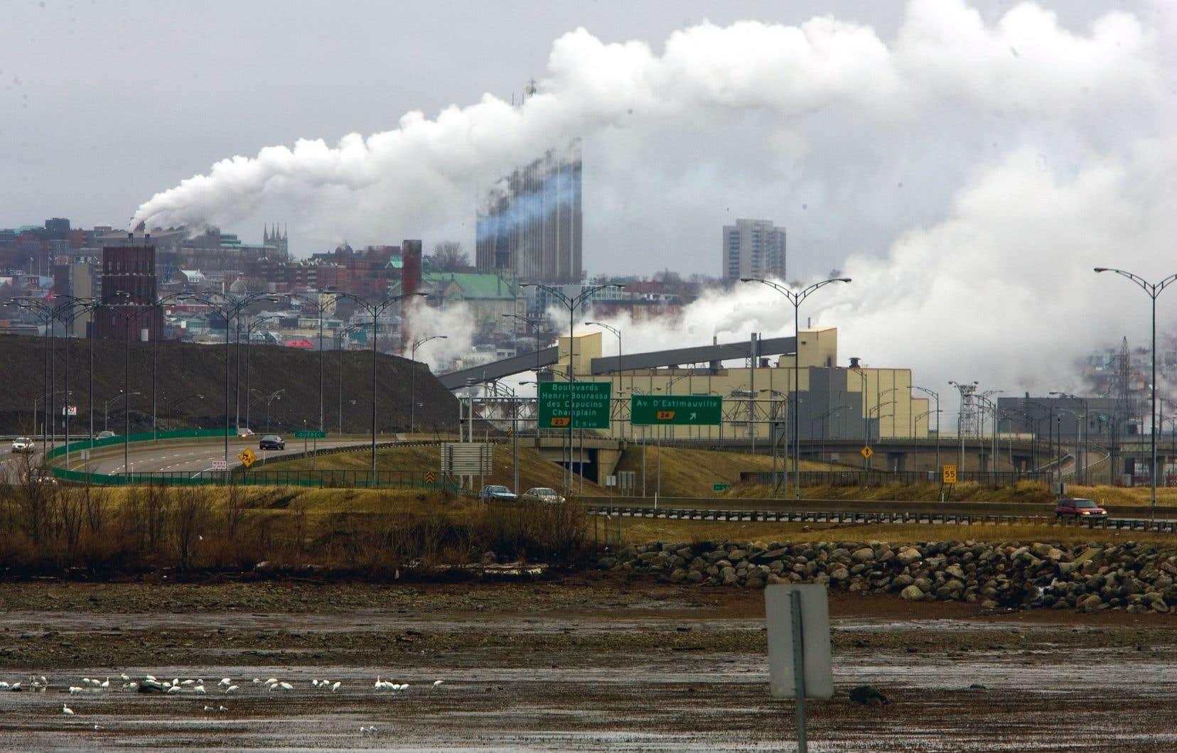 Selon François Delorme, chargé de cours en économie à l'Université de Sherbrooke, «ce serait irresponsable de ne pas profiter de cette occasion pour investir davantage dans une relance verte».