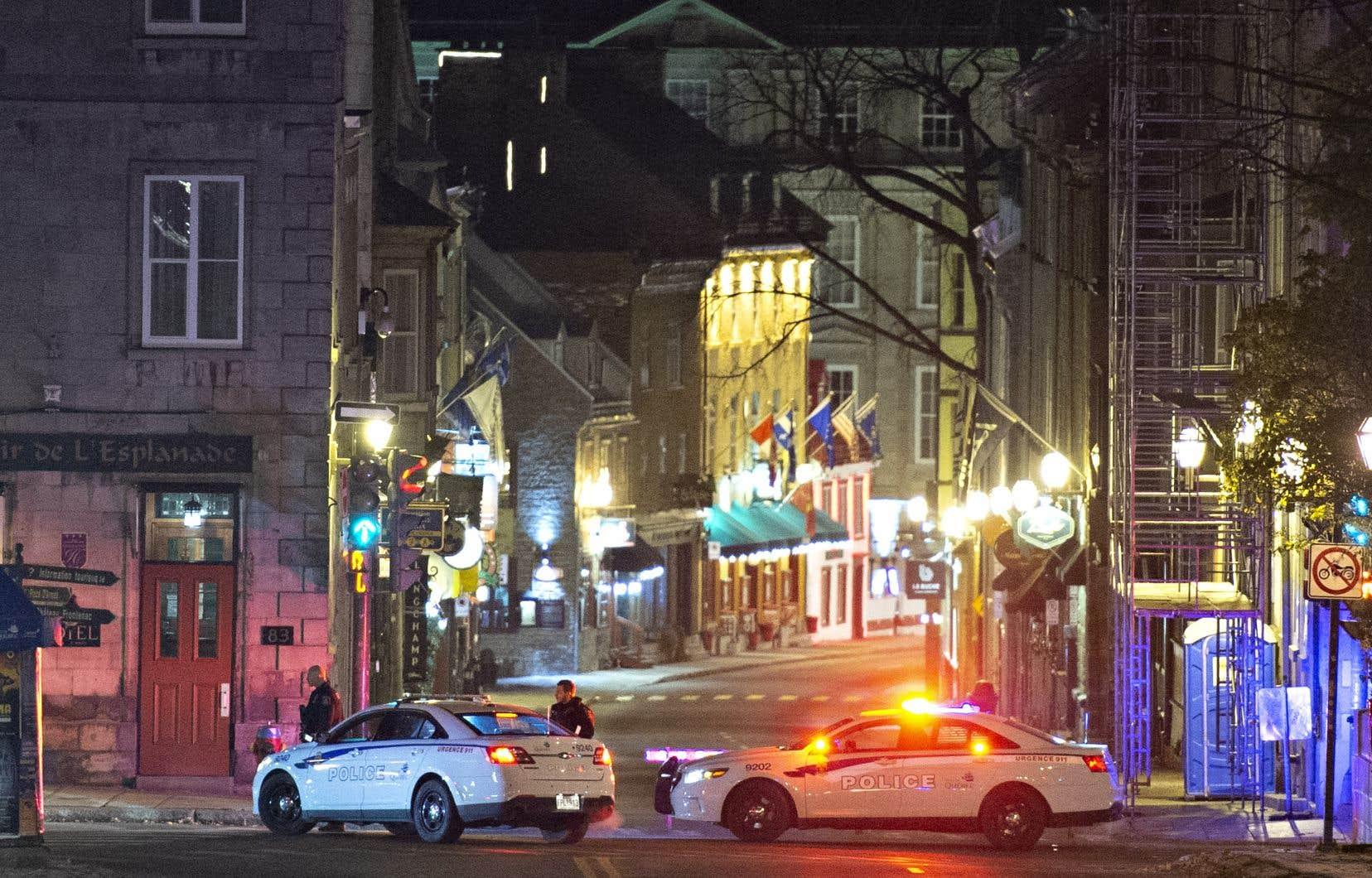 Les systèmes de communication des policiers de Québec auraient fait défaut le soir du 31 octobre dernier.