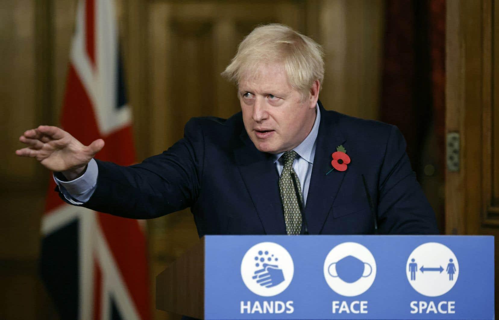 Le premier ministre britannique, Boris Johnson, a précisé avoir «aucun symptôme» de la maladie.