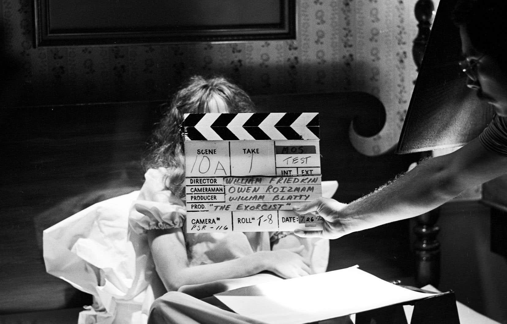 Tandis que Friedkin raconte comment a été créé son célèbre film d'horreur, le documentaire enchaîne les extraits.