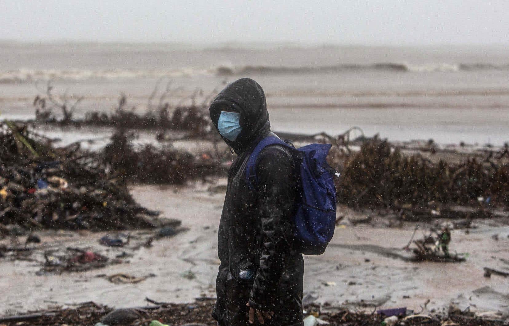 L'ouragan, le 13ede l'année à frapper l'Amérique centrale, menace des zones au Honduras et au Nicaragua de «pluies torrentielles», de «vents extrêmement violents» et de «submersions côtières dangereuses», selon les météorologues américains.
