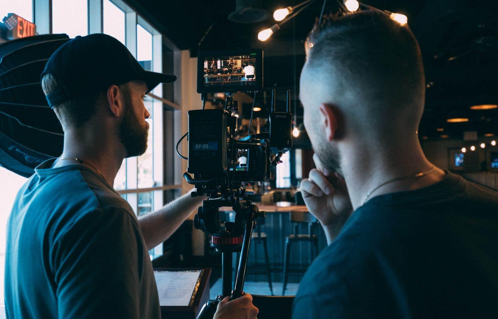 Les membres de la Guilde canadienne des réalisateurs jugent inadéquats les critères de  financement de Téléfilm Canada.