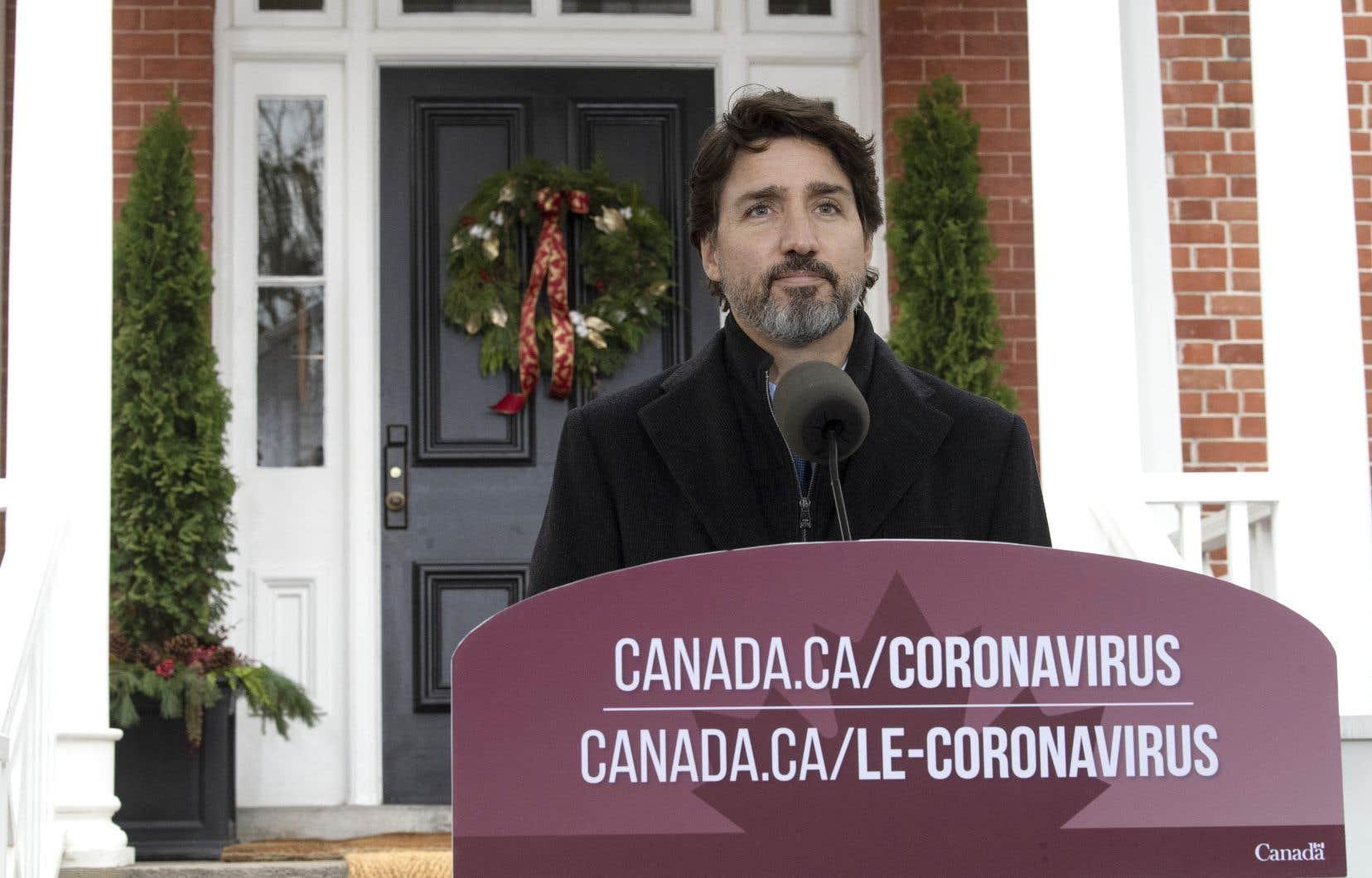 Le premier ministre, Justin Trudeau, a livré un long plaidoyer invitant les citoyens à renouer avec des comportements plus sécuritaires.