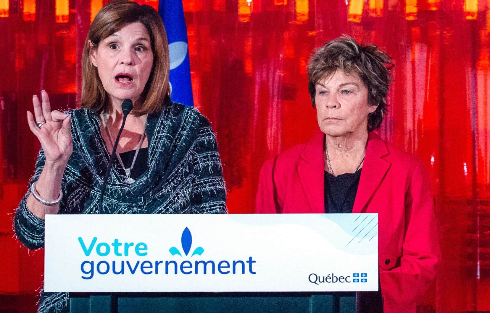 Liza Frulla et Louise Beaudoin, lors du lancement du processus de consultation en décembre dernier