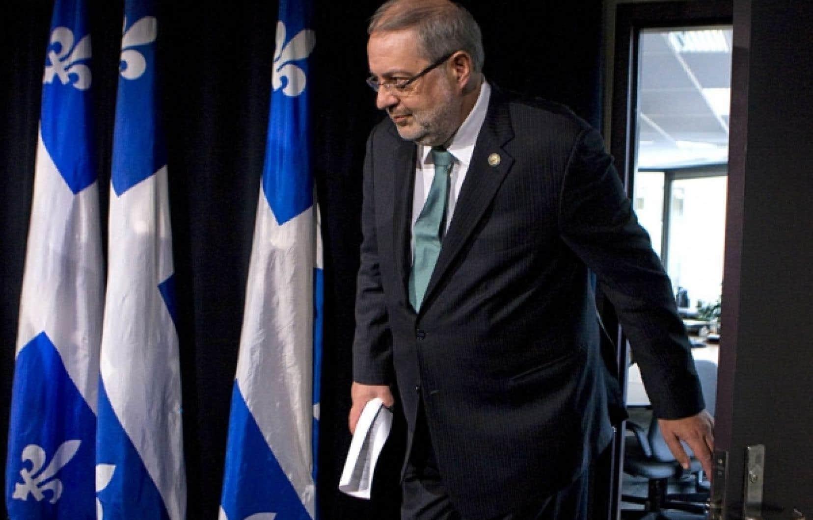 Le ministre Pierre Arcand a rendu public hier le rapport tr&egrave;s attendu du BAPE sur les gaz de schiste.<br />