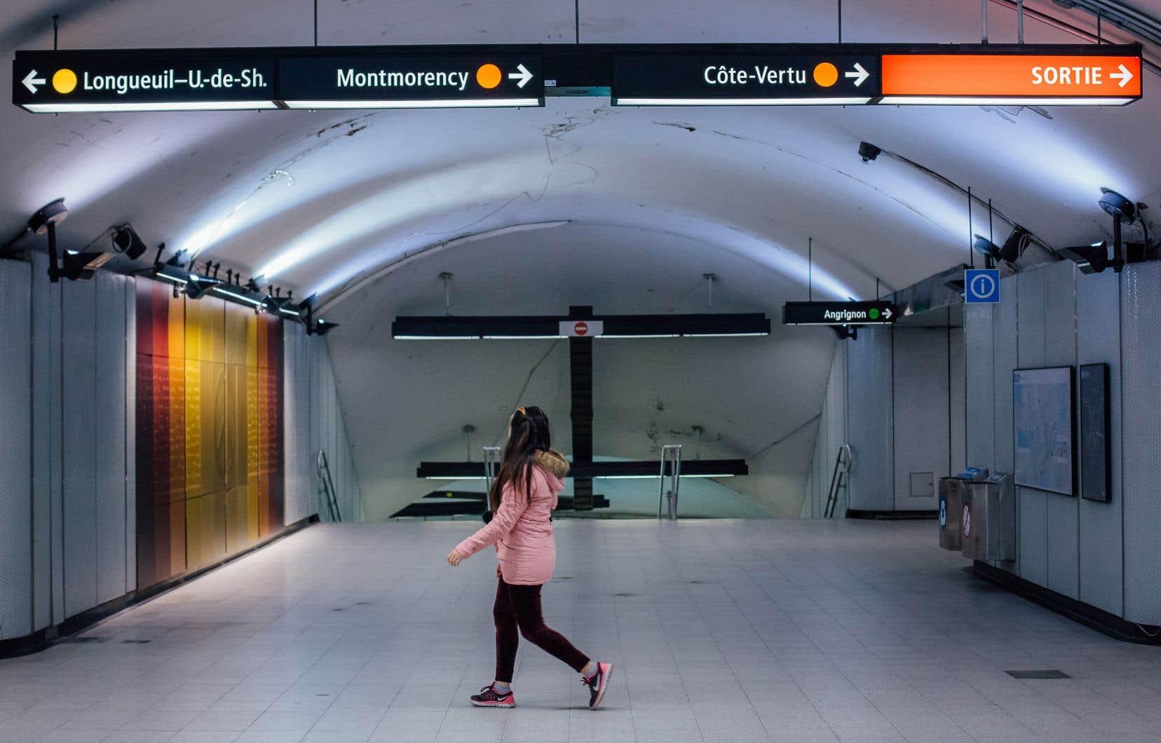 La station de métro Berri-UQAM désertée