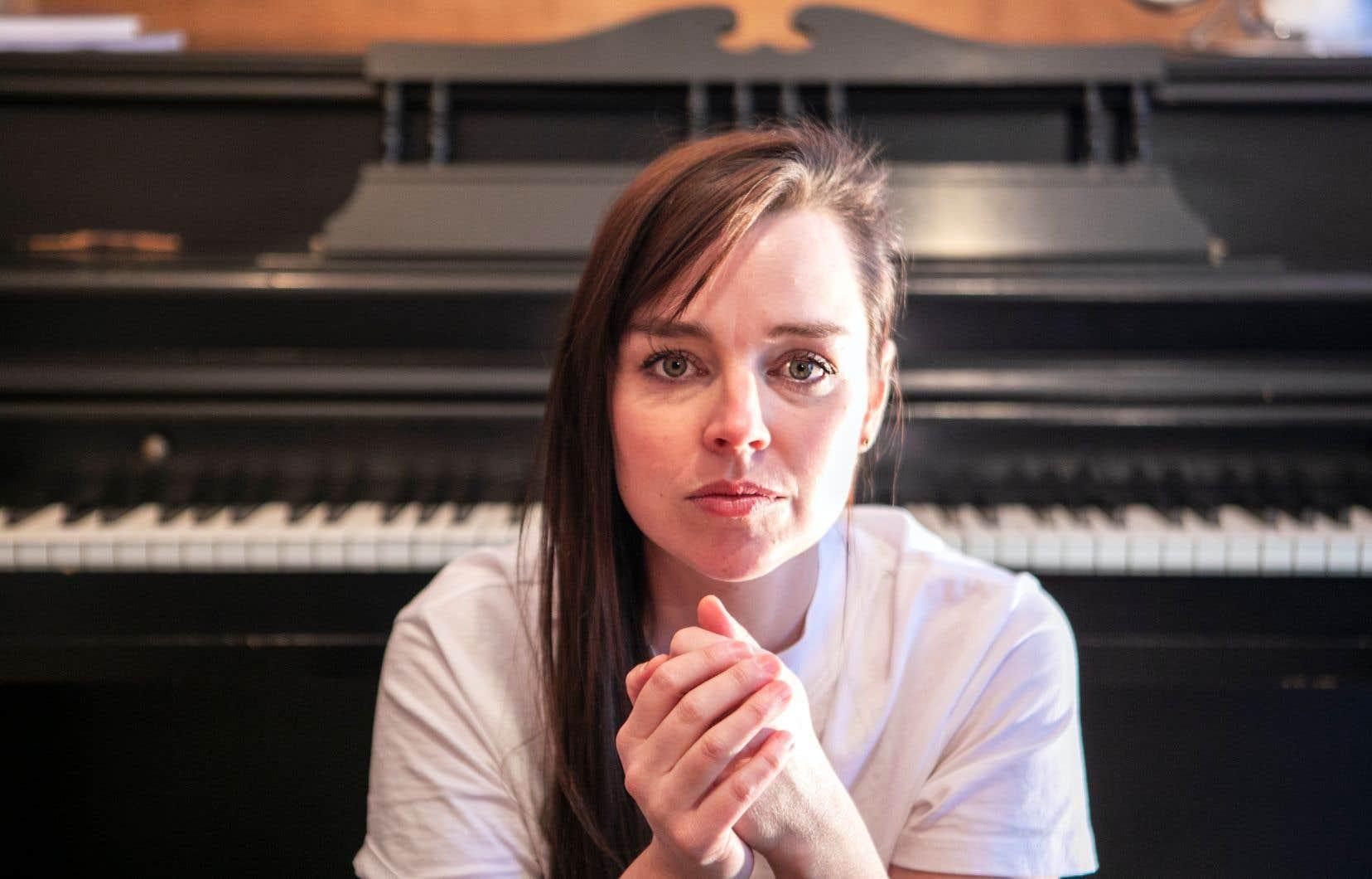 Viviane Audet a réservé en juillet 2019 une session d'enregistrement au studio Treatment Room, dans le Mile End, «où il y a un super piano, un Baldwin — on dirait que je rentre à la maison lorsque je joue sur ce piano, je l'adore».