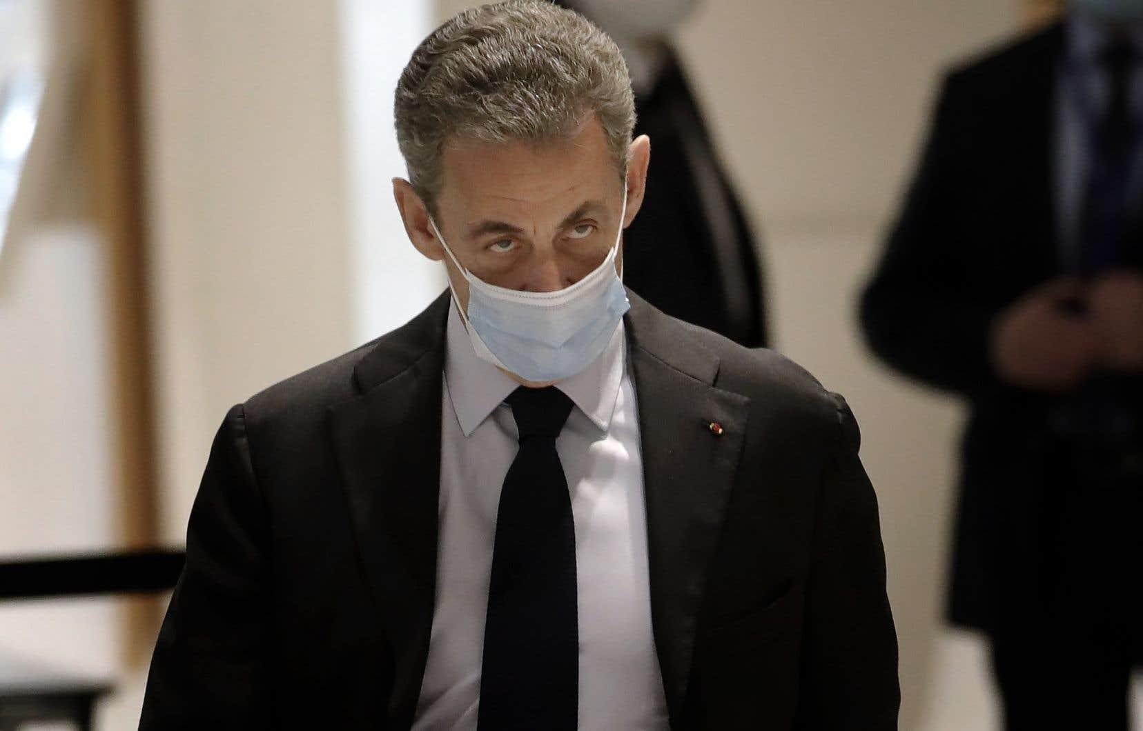 L'ex-président français encourt une peine de dix ans de prison et d'un million d'euros d'amende pour corruption et trafic d'influence.