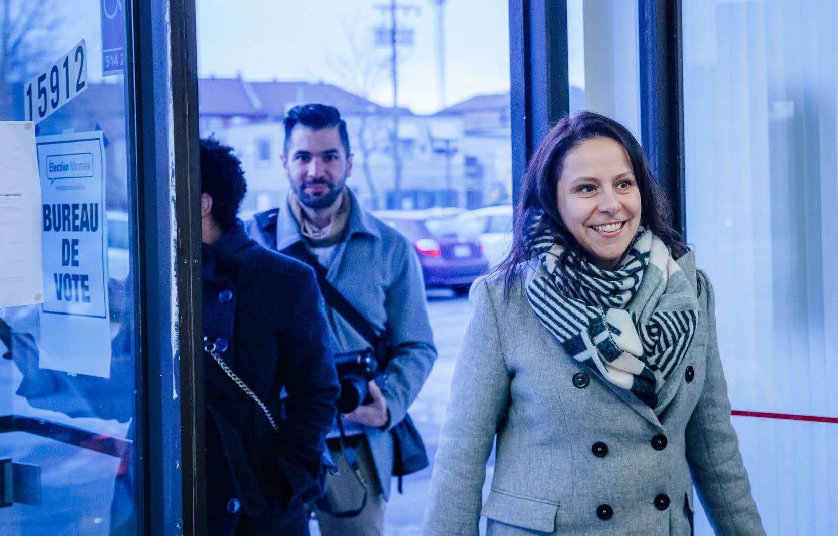 Élue à la mairie de de RDP-PAT avec Projet Montréal en décembre 2018 à l'occasion d'une élection partielle, Caroline Bourgeois avait auparavant étéconseillère du district de La-Pointe-aux-Prairies entre 2009 et 2013 avec Vision Montréal.
