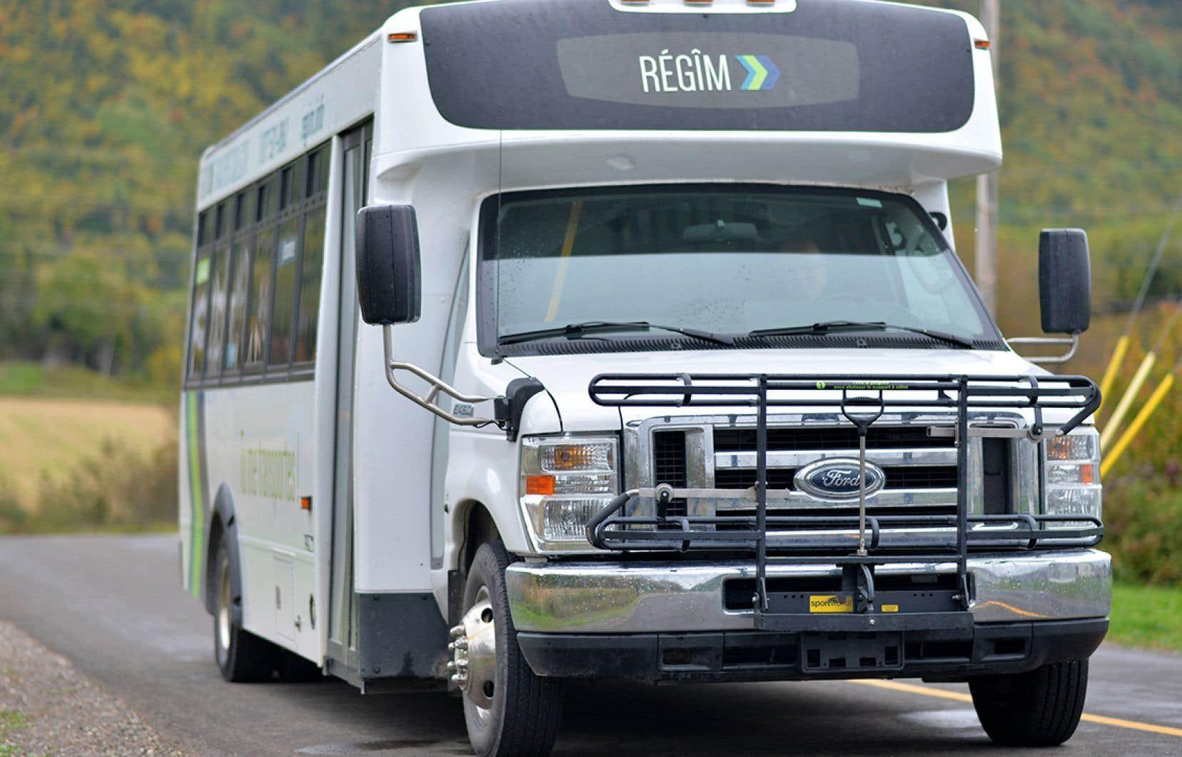 La REGIM mise sur des bus de 24 pieds pour ses lignes régulières sur le territoire de la Gaspésie–Îles-de-la-Madeleine.