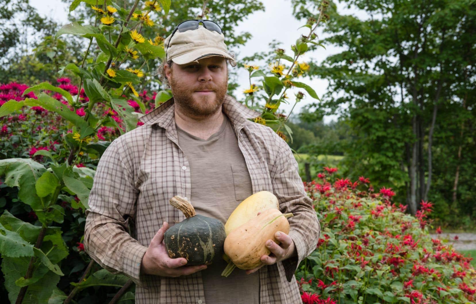 «Les noix représentent 15% des revenus de l'entreprise», explique Alexandre Guérin, qui récolte lui-même trois tonnes de fruits à coque chaque année.