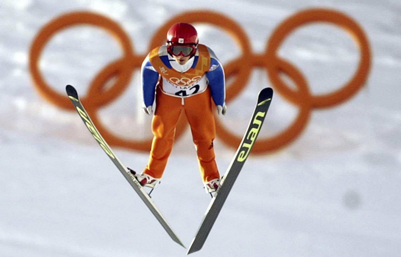Les Championnats du monde de ski acrobatique, les épreuves de Coupe du monde de ski alpin, de ski de fond, de saut à skis et de combiné nordique ont été annulées.
