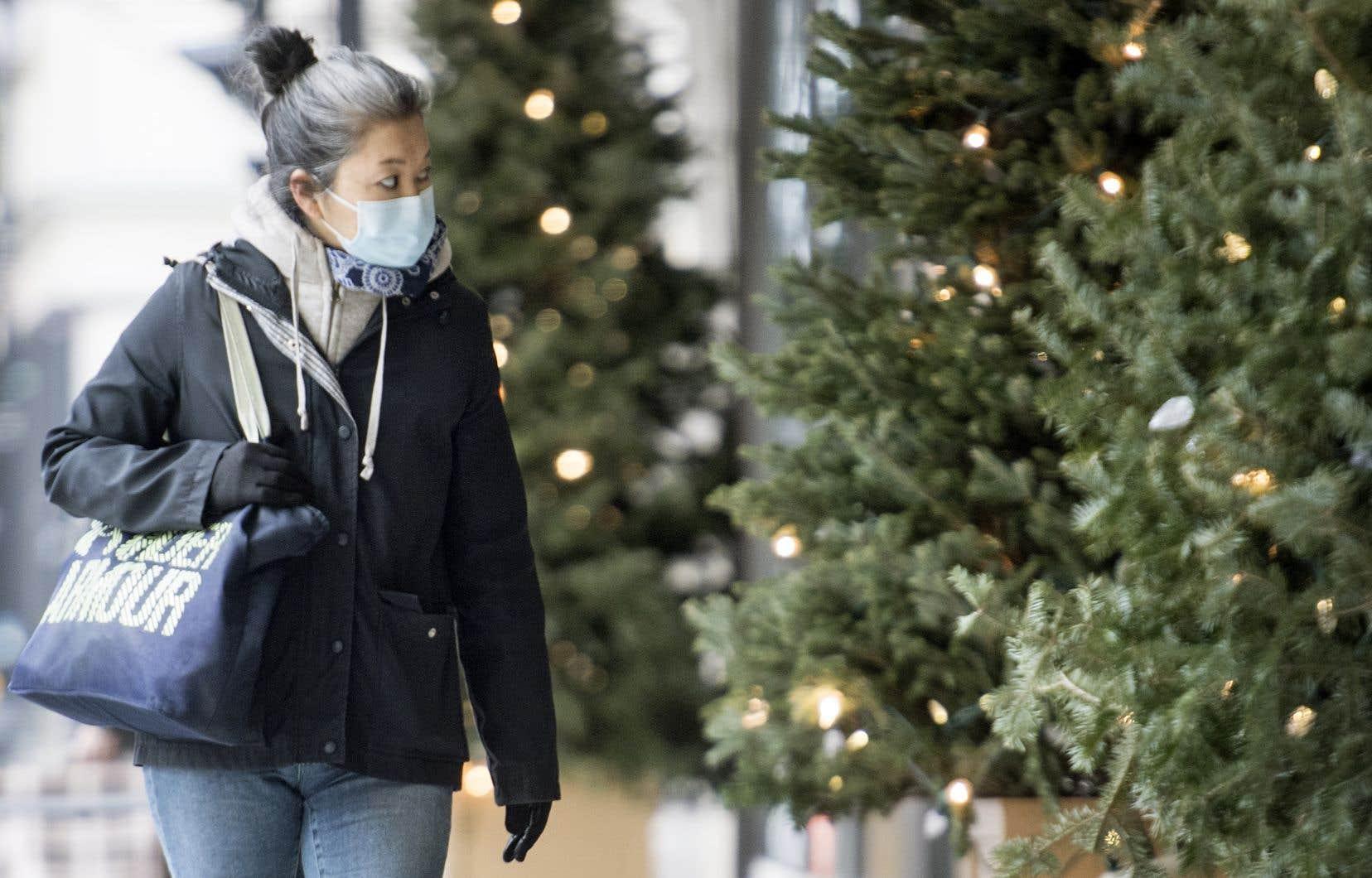 La décision d'annuler les quatre jours de Noël, durant lesquels deux rassemblements étaient permis, «n'a pas été prise de gaieté de cœur», a souligné la vice-première ministre, Geneviève Guilbault vendredi.