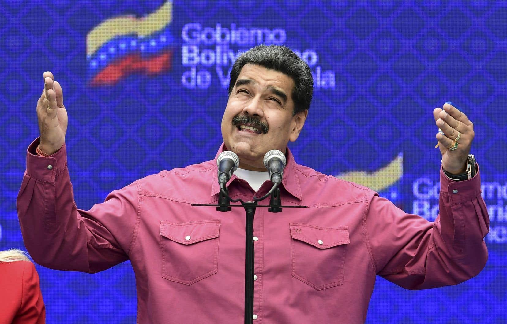 Avec la majorité au Parlement, Nicolas Maduro a désormais acquis à sa cause tous les leviers institutionnels du pays, de la Cour suprême à l'armée, son principal soutien.