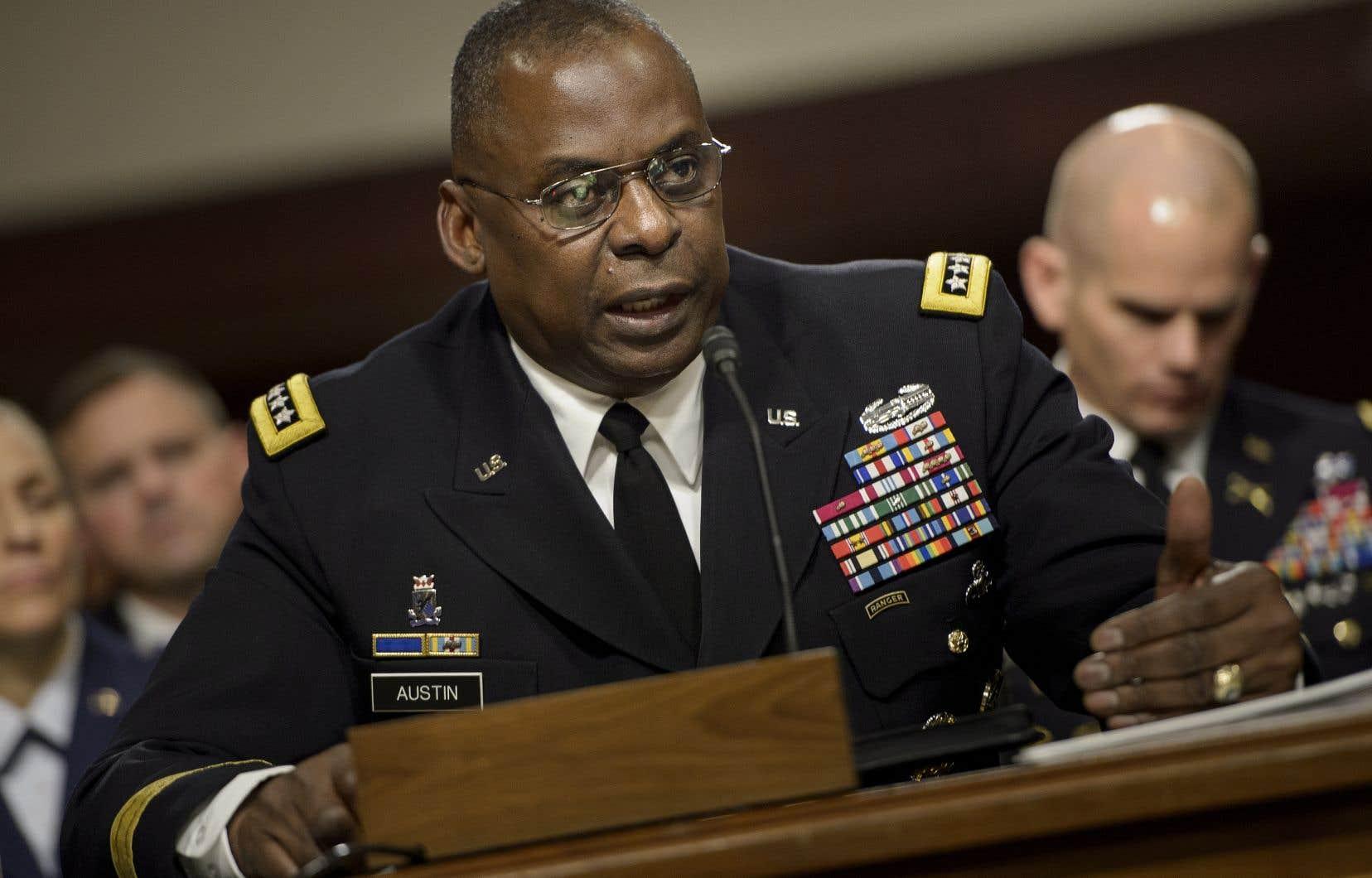 Lloyd Austin, ungénéral de l'armée de Terre à la retraite âgé de 67ans, a combattu en Irak et en Afghanistan avant de devenir le premier homme de couleur à diriger le commandement central de l'armée américaine (Centcom).