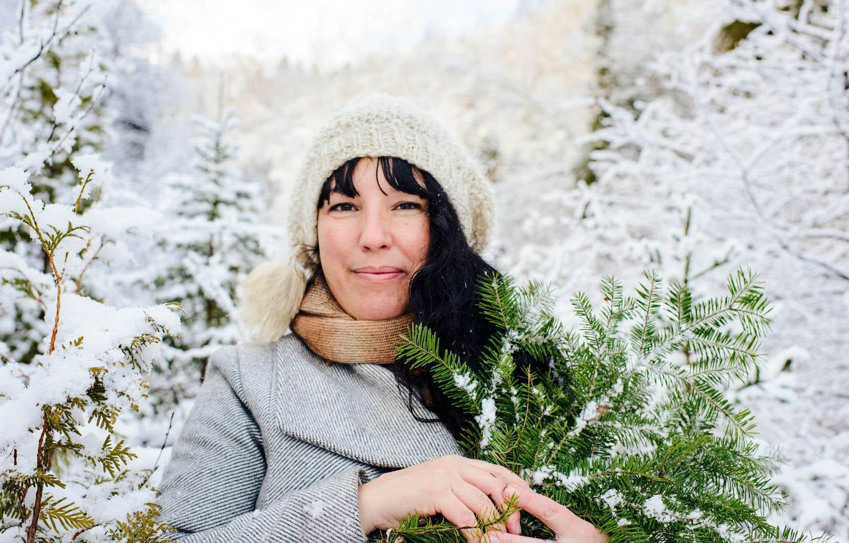 «Le modèle proposé en herboristerie en est souvent un de jardin, avec des plantes européennes importées. Mais, moi, je ne suis pas une fille de jardin, mais de forêt», explique Mélanie Sheehy.