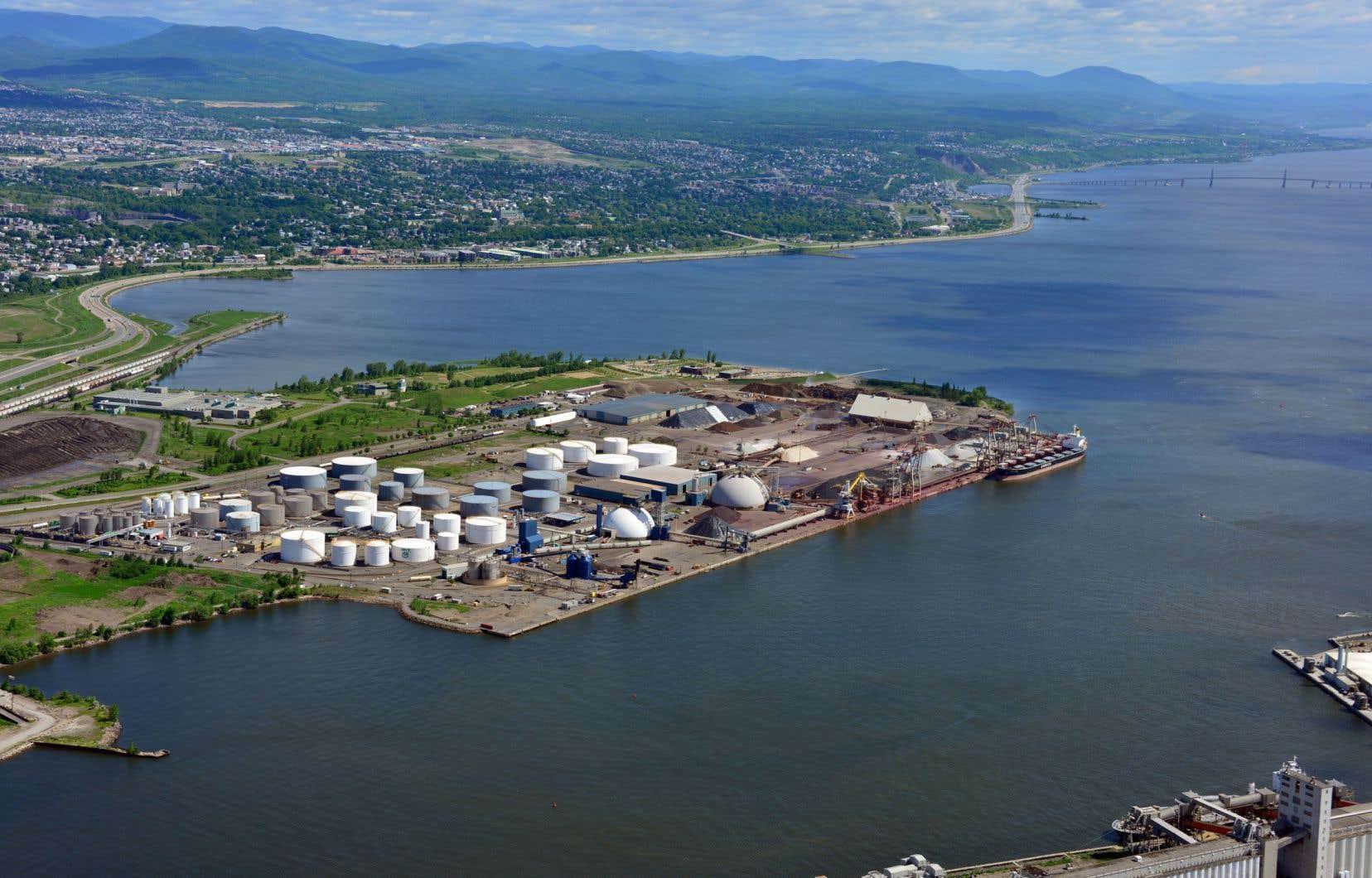 La réalisation du projet Laurentia s'inscrit dans cette logique néfaste qui a entraîné le déclin des quartiers du littoral est de Québec.