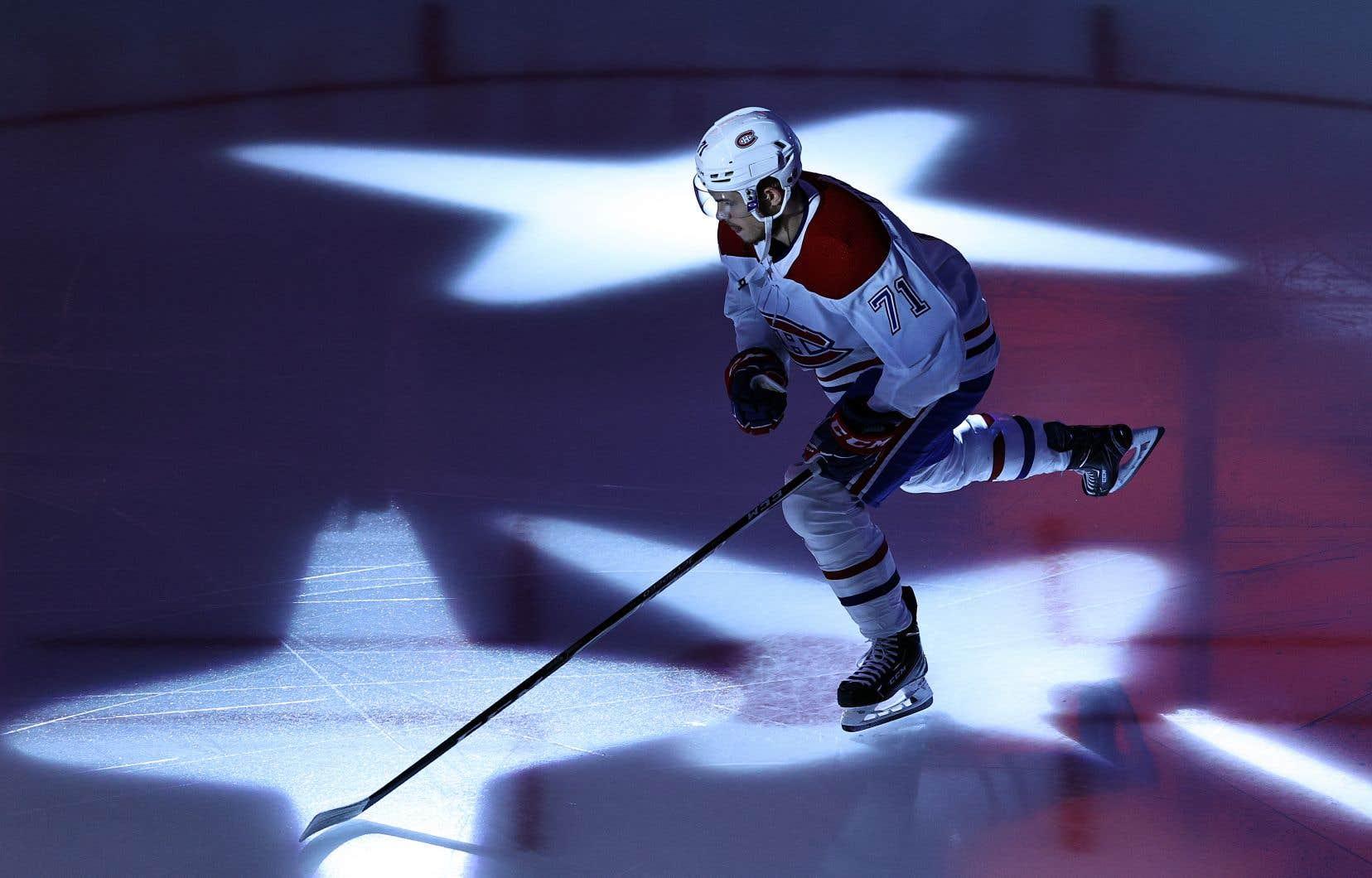 «Le hockey canadien vit sous l'emprise d'une organisation sur laquelle personne n'ose se prononcer», écrit l'auteur.