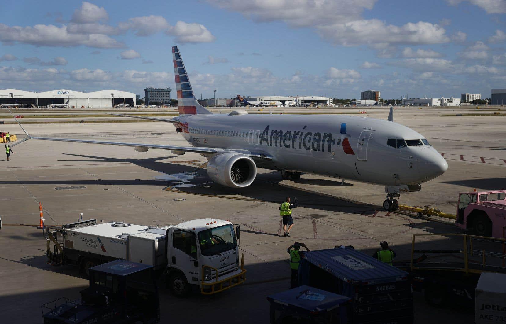 Après avoir passé 20 mois au sol, sur des tarmacs d'aéroports ou dans des entrepôts, le 737 MAX est de nouveau autorisé à voler aux États-Unis depuis mi-novembre.