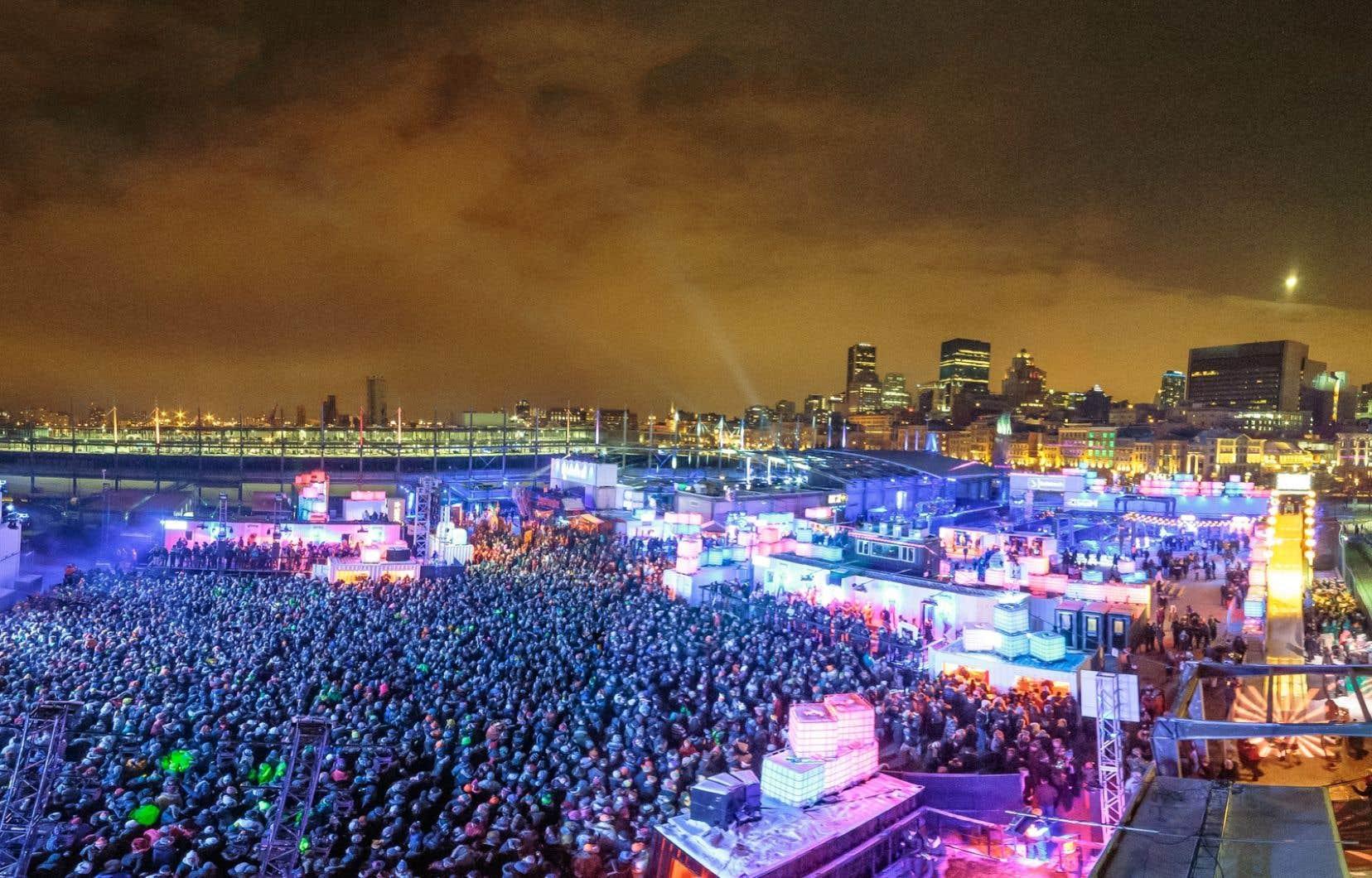 En temps normal, ce sont entre 3000 et 11000 festivaliers qui fréquentent l'Igloofest, à Montréal, selon les jours de la semaine.