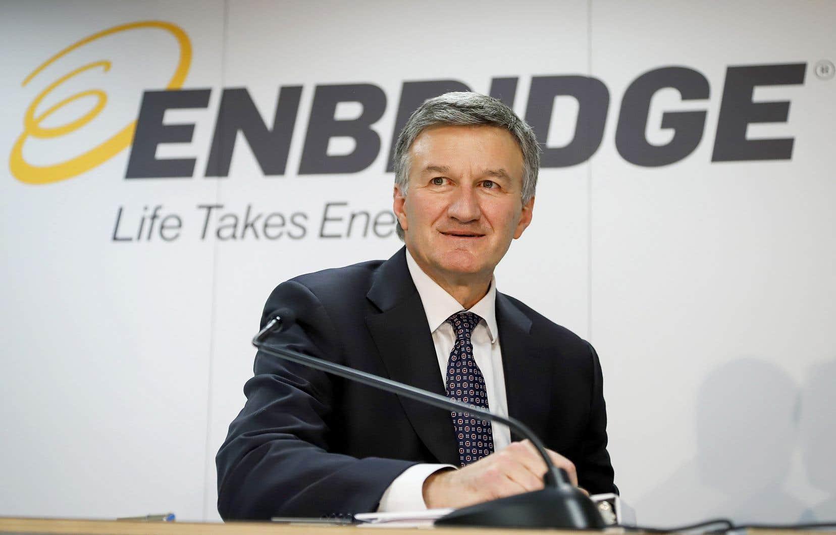 Le salaire du président d'Enbridge, Al Monaco, s'élevait à près de 1 600 000$ en 2019, sans compter les avantages marginaux.